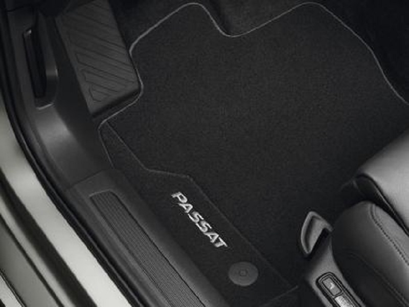 Genuine VW Passat Luxury Carpet Mats 2015 Onwards