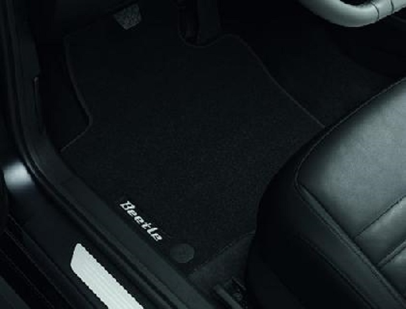Genuine VW Beetle Luxury Carpet Mat Set 2012>